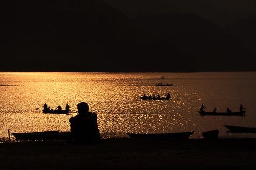 nepal sunset lake lago nikon tramonto pokhara d90 giovannifalcone virgi98