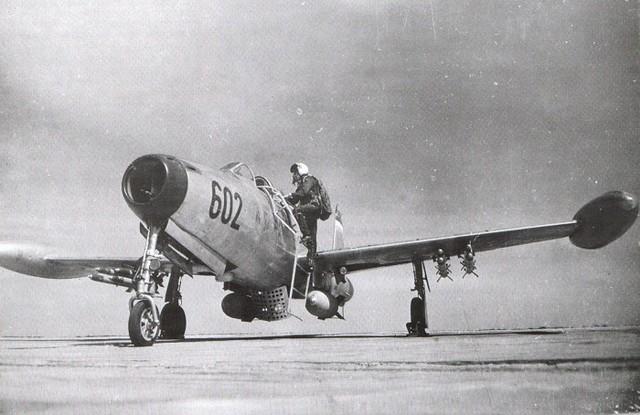 Republic F-84 Thunderjet 2536636078_6cbe156c36_z