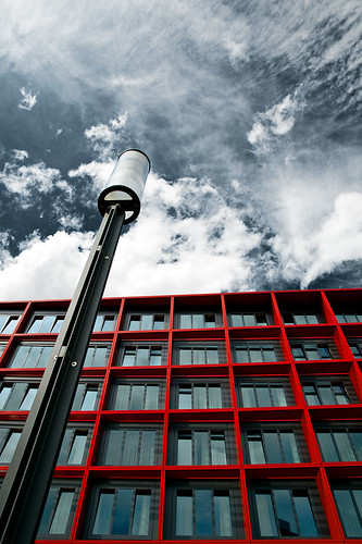 street blue light red sky architecture clouds germany deutschland hotel hessen looking angle pov frankfurt wide fair lantern messe philipp upwards hesse mövenpick klinger aplusphoto visiongroup onlythebestare dcdead thgoldendreams vision100