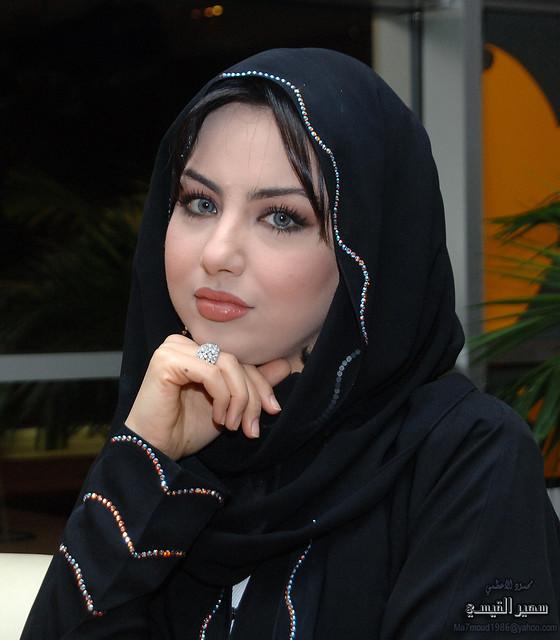 سهير القيسي بالحجاب 2