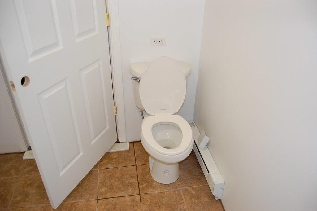 Leaking Toilet Shut Off Valve