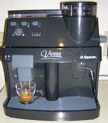 espresso(1.0), espresso machine(1.0), small appliance(1.0),
