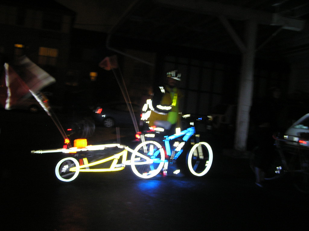 My bike and trailer... At Night... ;)