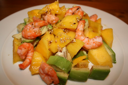 Mango, Avocado & shrimps salad