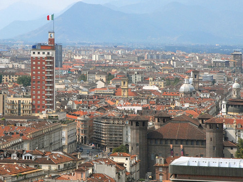 """Le """"doigt de Mussolini"""" (Turin)"""