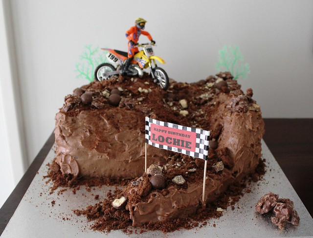 dirt bike cake - photo #21