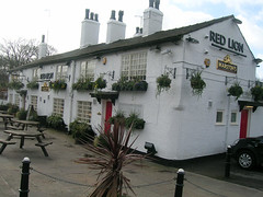 Red Lion, Withington