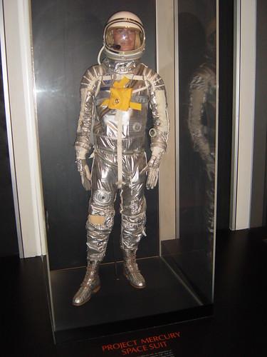 space suit 1900s - photo #12