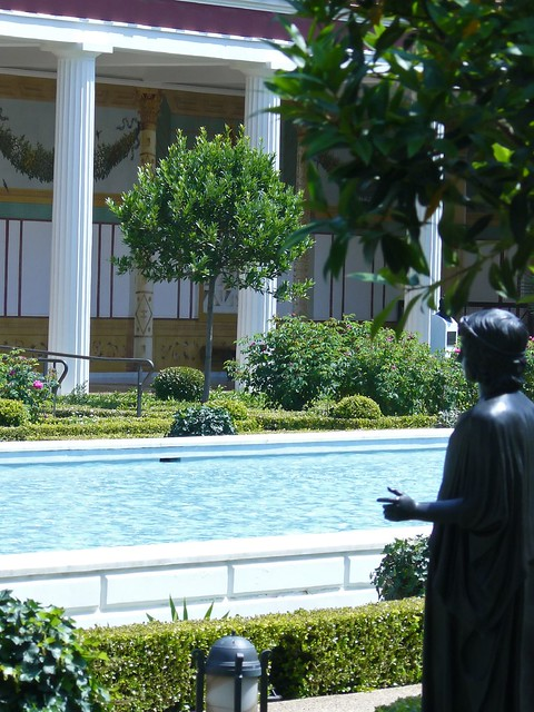 Outer peristyle garden at the getty villa 29 flickr for Outer garden