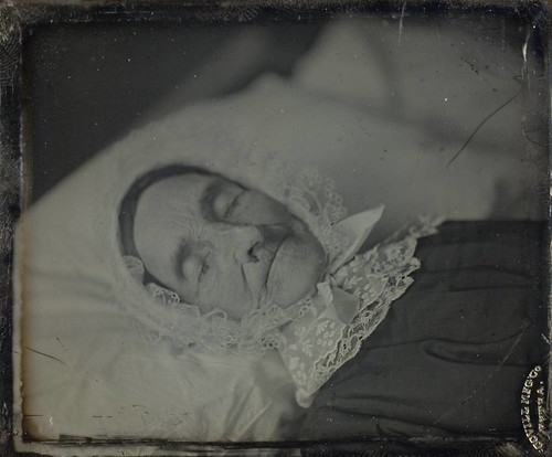 Postmortem, unidentified woman by George Eastman House