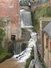 Waterfall in Saarburg centrum / Водопадът в центъра на Саарбург