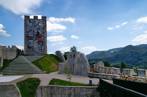 travel viaje castle geotagged slovenia slovenija castillo eslovenia starigrad celje luciojosémartínezgonzález luciojosemartinezgonzalez almostanything globalbackpackers geo:lat=462196278000023 geo:lon=152716898000075