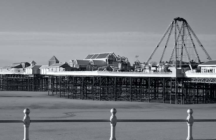 Photography - Central Pier Full by Nicholas M Vivian
