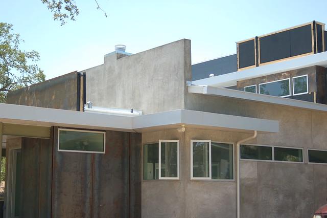 502 Riley Road MLS 3597374 Austin Modern House by Tom Bates - AustinModernLiving.com
