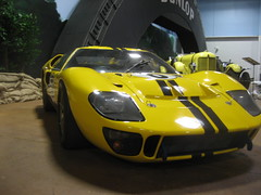 race car(1.0), automobile(1.0), vehicle(1.0), performance car(1.0), automotive design(1.0), ford gt40(1.0), ford gt(1.0), land vehicle(1.0), supercar(1.0), sports car(1.0),