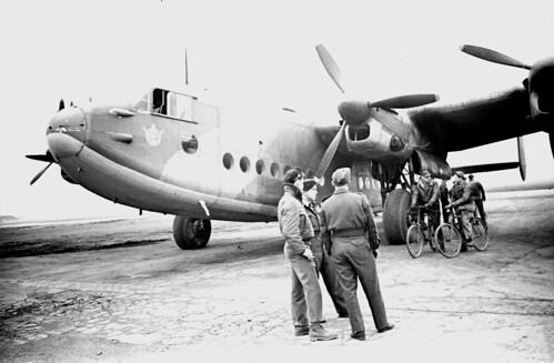 Avro York 3.5 20 wide angle Elmar 03