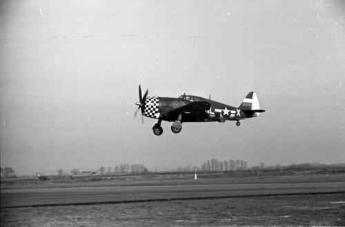 P47 Landing 02
