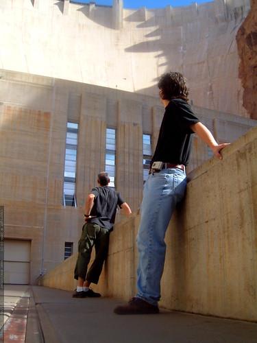 daniel and gleeco below the hoover dam   dscf0164