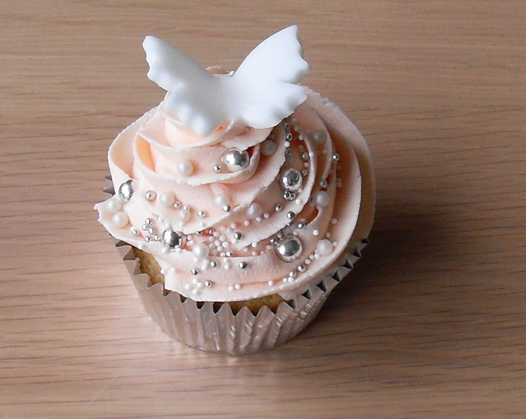 Pretty in pink I Do wedding cupcakes plus glitter