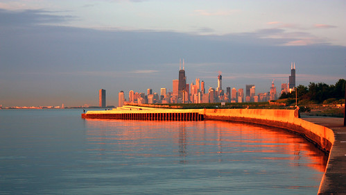 Pier and Chicago skyline