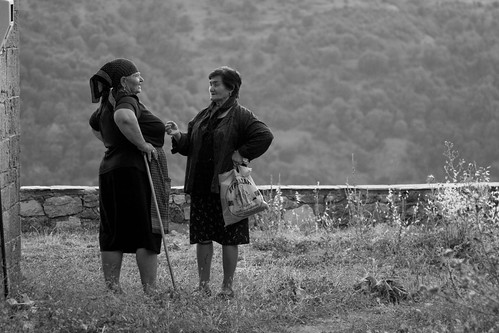 Catching up outside the village cemetary... - 20080820_0359edbw | by Dimitris Papazimouris