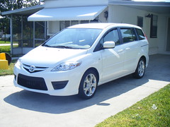 automobile, automotive exterior, compact mpv, vehicle, compact sport utility vehicle, mazda, mazda mazda5, bumper, land vehicle,