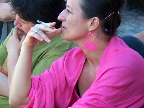 Ping girl smoke