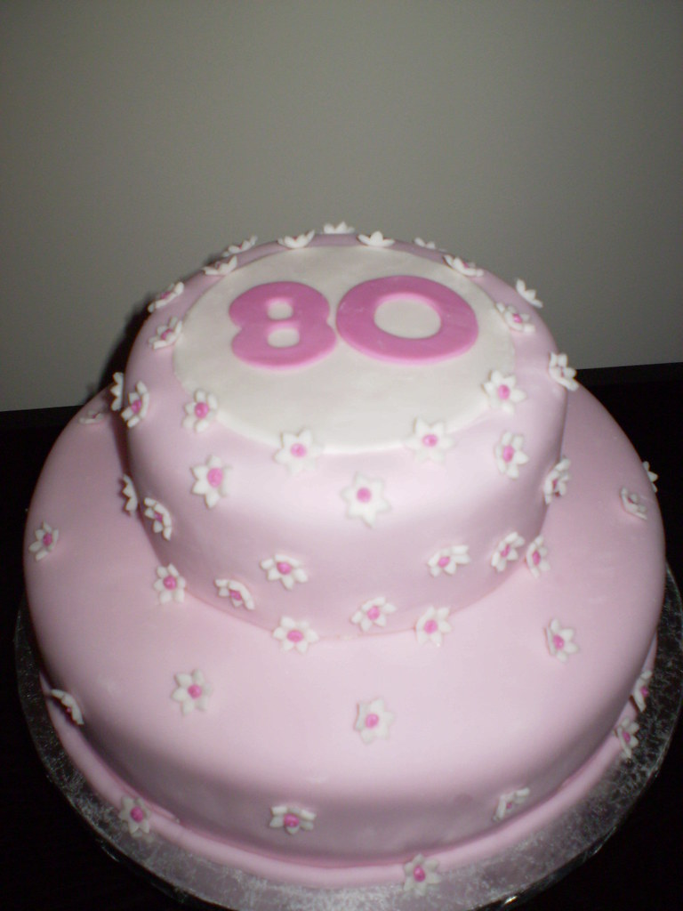 Enjays Occasions Finished 80th Birthday Cake