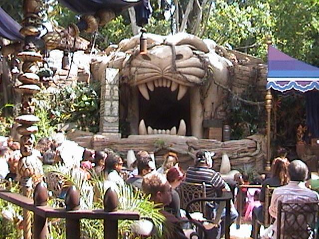 Indiana Jones™ and the Secret of the Stone Tiger Revealed!, Aladdin's Oasis, Adventureland, Disneyland®, Anaheim, California, 2008.05.26 15:15