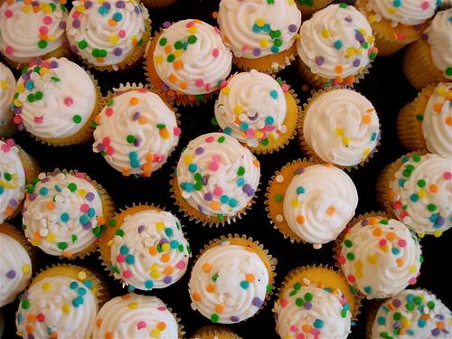 show gay art cake vintage shopping beard toy rainbow gallery sweet sugar cupcake bakery porn plushie treat dots skittles frosting consumer baked rotofugi tastetherainbow shawnimals drewinchicago