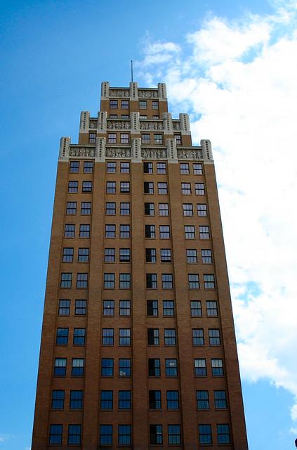 niagara falls tall brick building tall brick building in d flickr photo sharing. Black Bedroom Furniture Sets. Home Design Ideas