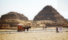 Pyramids of Queens