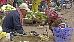 8 randonneurs au Cambodge