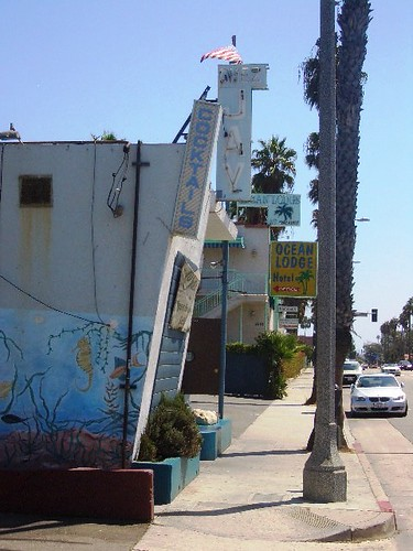 Looking south on Ocean Avenue towards Chez Jay and Ocean Lodge Hotel