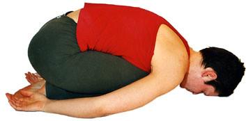 06 Garbhasana, die Stellung des Kindes, eine Yoga Übung
