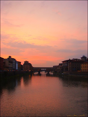 bridge sunset italy silhouette reflections river fire florence district nazis hitler wwii attack southbank explore retreat firenze tradition 1944 northbank arnoriver 16thc pontvecchio analeesmith otrarno jewellerystores built1345 historicflorence granddukeferdinandi hugsmydearfriend