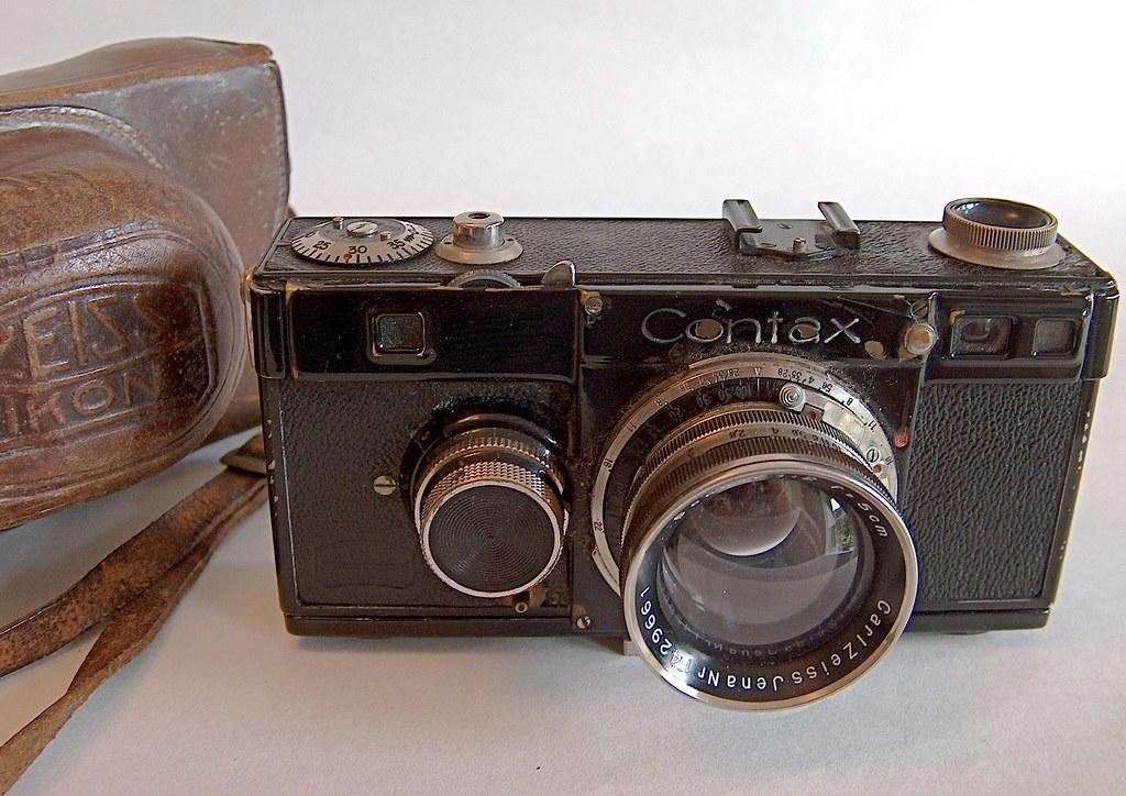 Family history. Camera 2. 1933/34