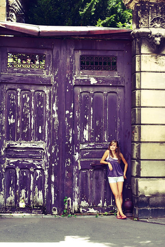 Sometimes in France they have giant purple doors
