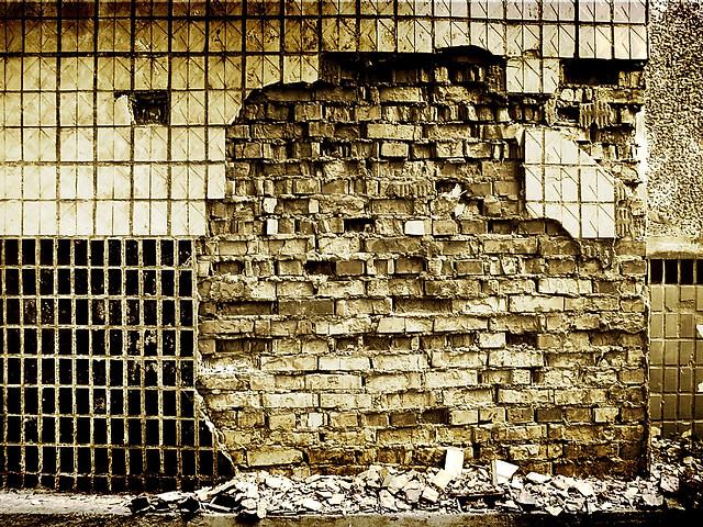 Crumbling Walls Flickr Photo Sharing