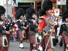 festival(1.0), musician(1.0), event(1.0), parade(1.0), marching(1.0), bagpipes(1.0),