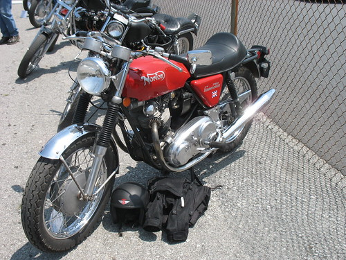1971 Norton Commando 750