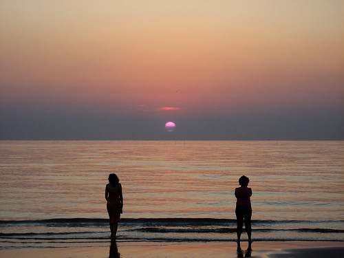 sea italy sun beach sunrise italia mare alba rimini sole spiaggia italie emiliaromagna romagna rivieraadriatica 1mill notterosa challengeyouwinner mywinners pinknight