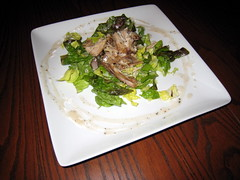 Chicken Confit on Red Lettuce with a Red Wine Garl…