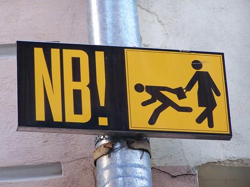 Beware of pickpockets!