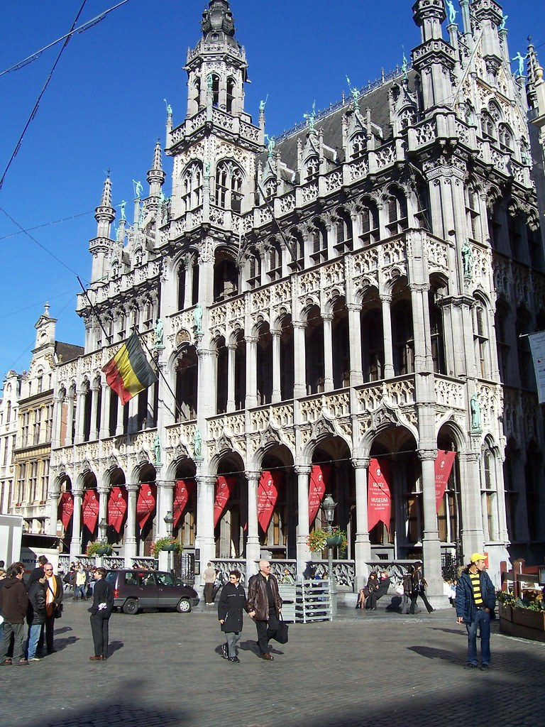 Walking tour around the Brussels centre