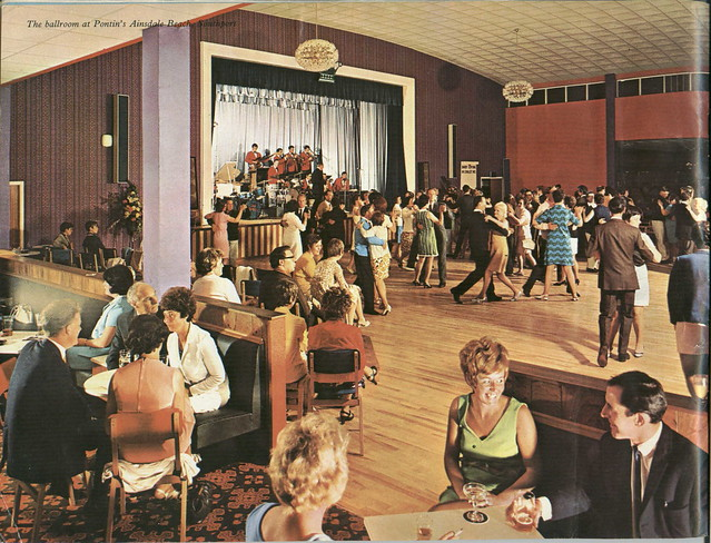 Pontins Brochure 1972 - Introduction photo of Southport