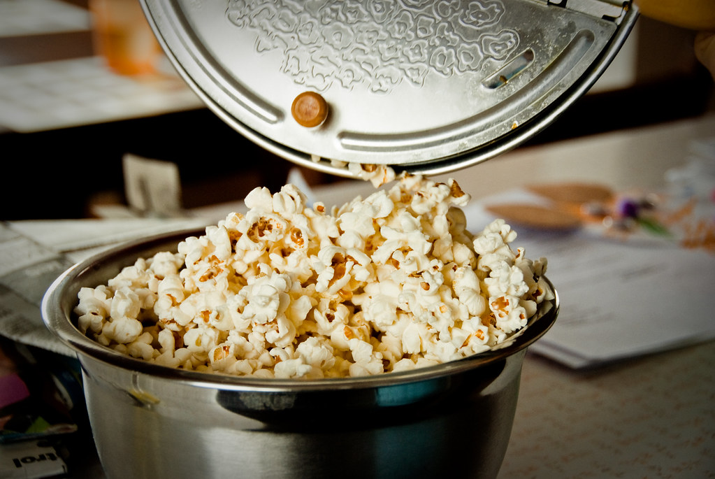 popcorn home-prepared, oil-popped, unsalted, snacks