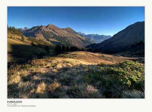 autumn sunset mountain austria searchthebest wideangle valleyview vorarlberg bregenzerwald goldengrass clearair damüls inexplore infinestyle bratanesque theunforgettablepictures furkajoch eaveninglight