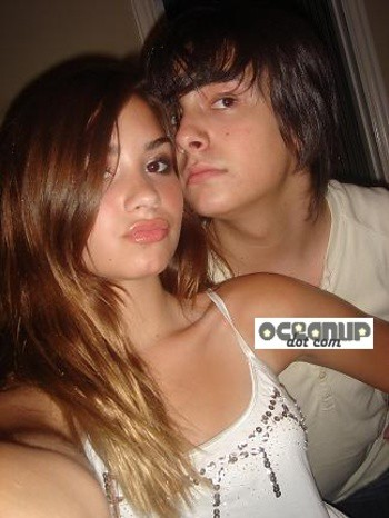 Demi Lovatoboyfriend on Demi Lovato Boyfriend In Love   Flickr   Photo Sharing