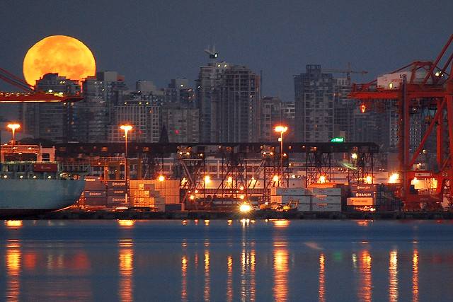 Vancouver skyline with August moon # 2   ...DSC_0723